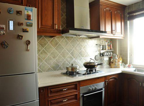 美式雅致风格厨房橱柜装修案例