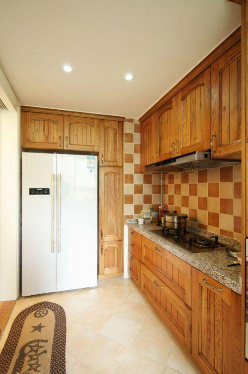 质朴休闲美式风格厨房橱柜图片欣赏