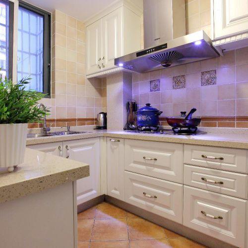 美式风格厨房橱柜家装效果图