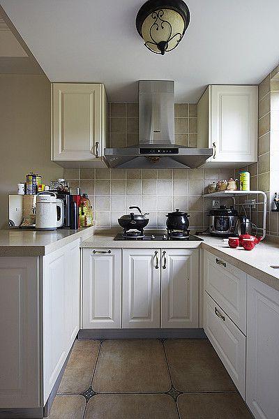 白色现代风格厨房橱柜设计欣赏