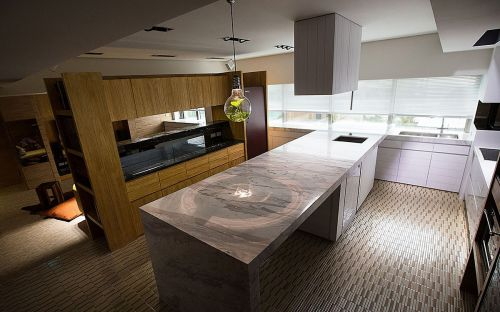 素雅灰色现代风格厨房橱柜装修布置