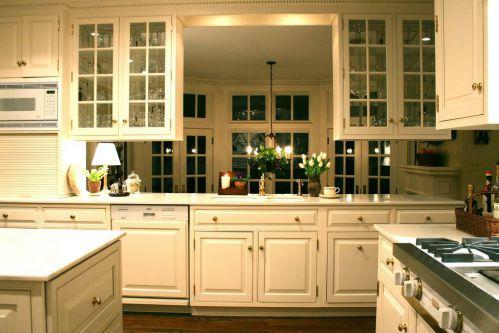 米色简欧风格厨房橱柜装修效果图