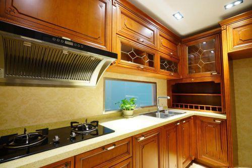黄色质感新古典风格厨房橱柜装饰设计
