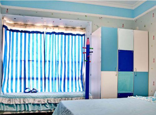 蓝色地中海儿童房衣柜装修布置