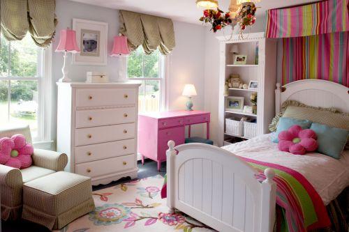 粉色梦幻田园风格儿童房装修设计