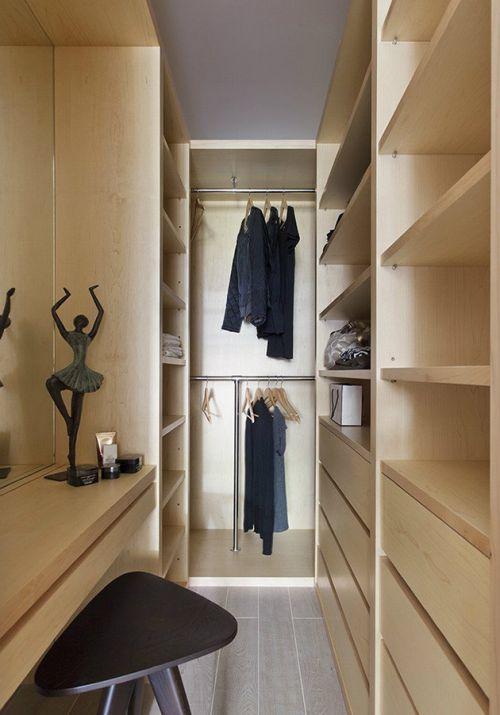 原木色中式衣帽间衣柜设计