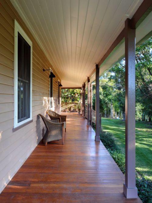 原木色美式风格阳台设计图片