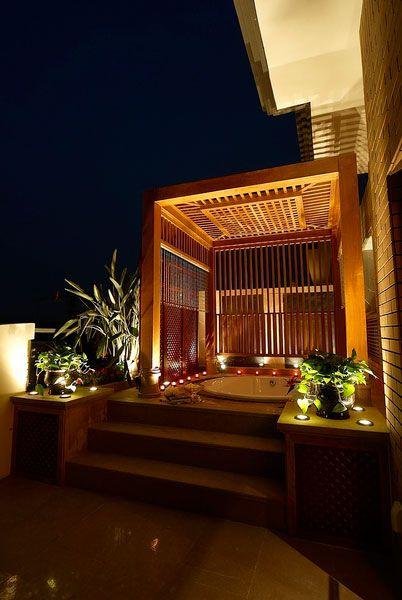 东南亚风格阳台浴室装饰图