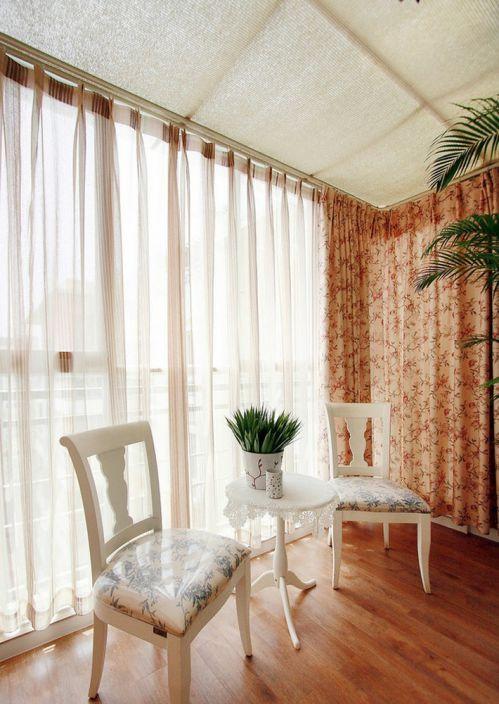 温馨田园风格米色阳台窗帘设计装潢