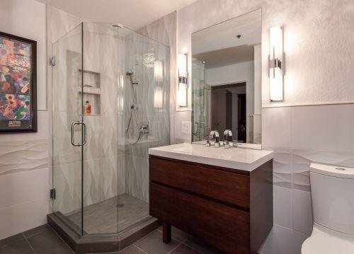 白色雅致简约风格卫生间装修