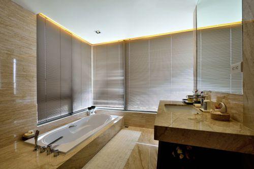 现代风格米色休闲卫生间装修图