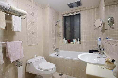 米色现代风格卫生间装潢设计图