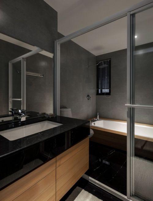 黑色质感简约风格卫生间装修欣赏
