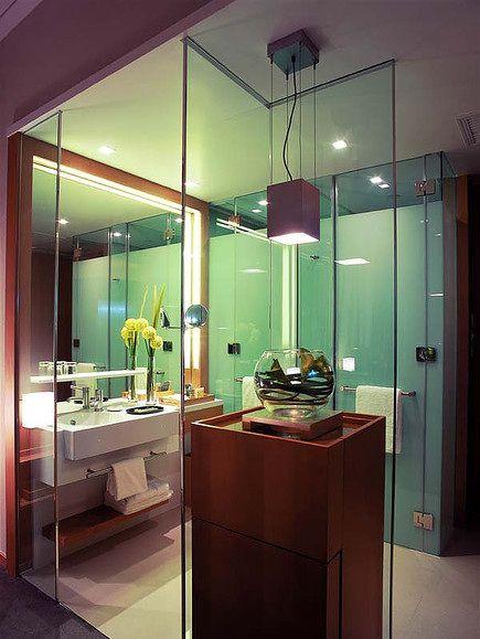 现代清透时尚卫生间装修