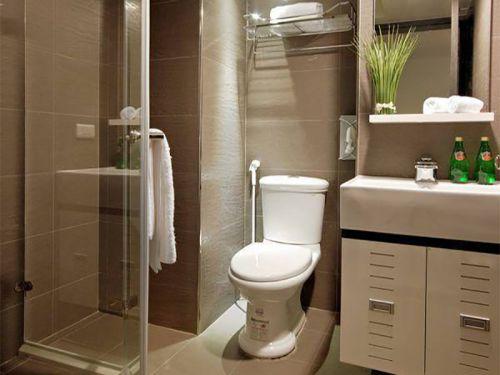 现代简洁卫生间装修效果展示