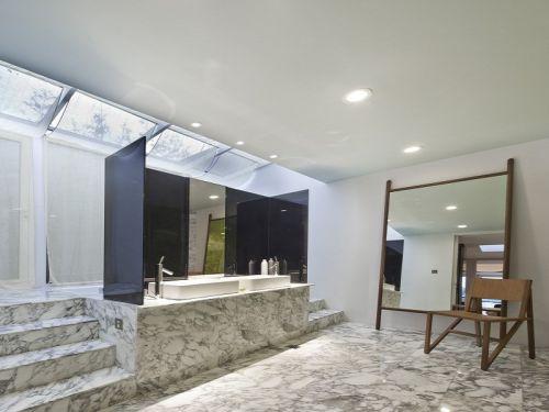 现代风格灰色卫生间装修设计欣赏