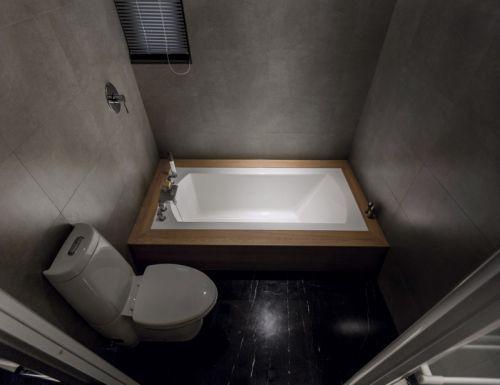 现代风格卫生间装修图片欣赏