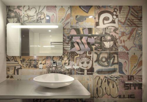 时尚可爱涂鸦现代风格卫生间装潢图片