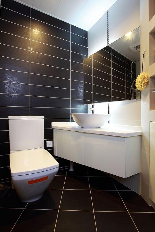 现代简洁卫生间设计装潢