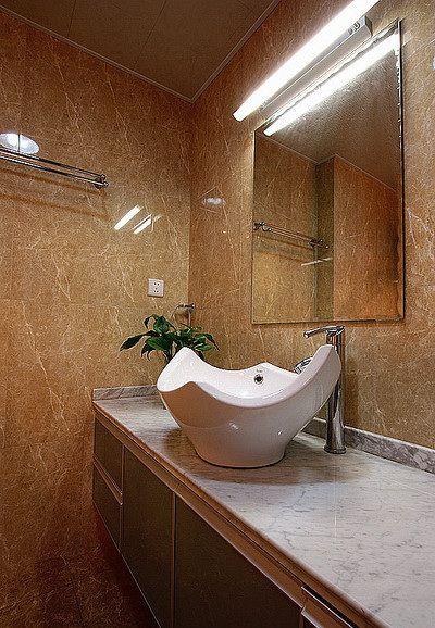 黄色质感现代风格卫生间装潢设计