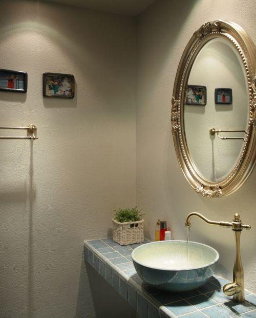 地中海风格素雅米色卫生间装修设计2016