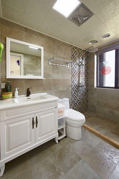 2016素雅黄色简欧风卫生间设计案例