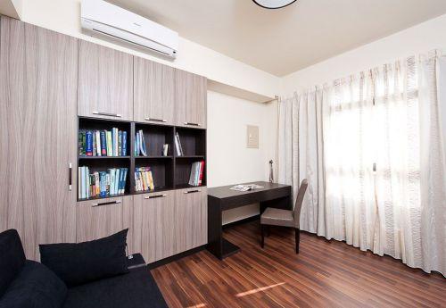 现代风格米色书房橱柜装潢