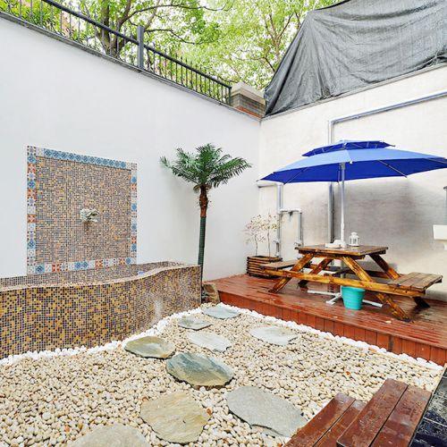 地中海风格花园阳台