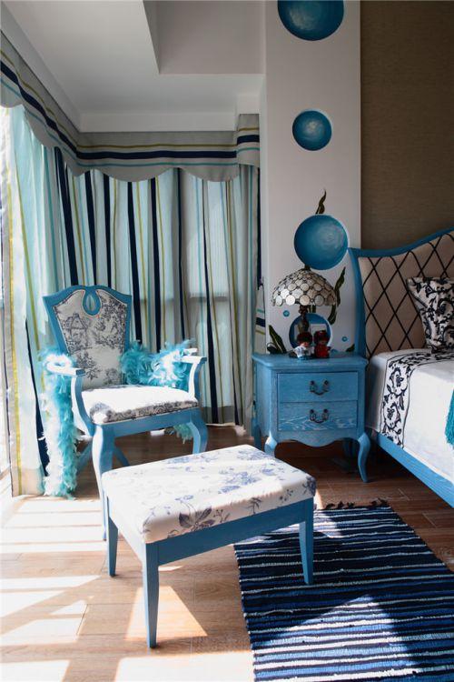 蓝色地中海风格卧室装饰案例