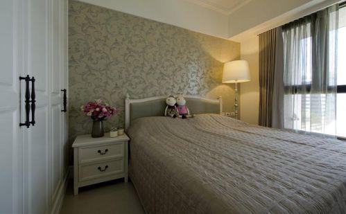 灰色浪漫简欧风格卧室装修美图