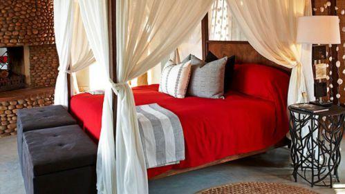 红色浪漫雅致东南亚风格卧室装修