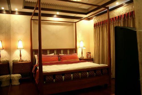 典雅东南亚装风情卧室装潢饰设计图片