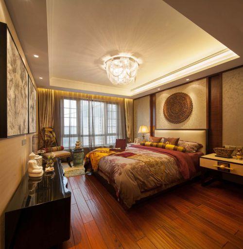 东南亚装饰豪华卧室吊顶图