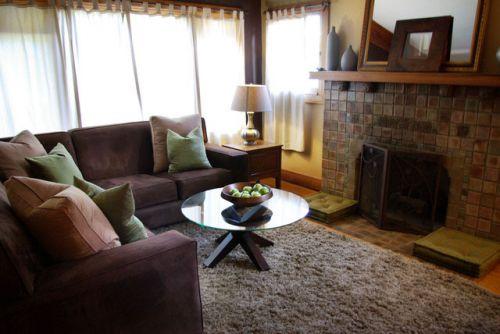 95平米简约舒适三居室客厅壁炉设计