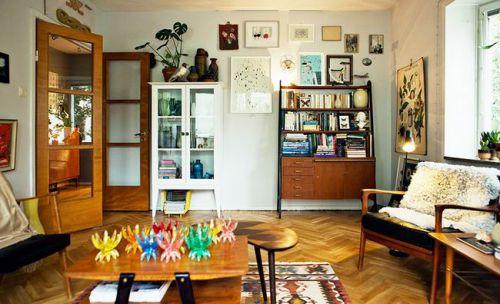 现代极简公寓客厅收纳图片