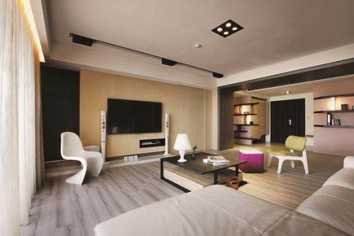 现代简约三居室客厅装修美图