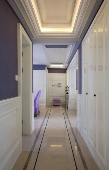 欧式简约三居室客厅过道设计