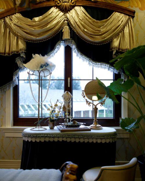最新美式风格三居室客厅飘窗设计