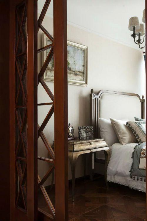 美式简约卧室照片墙图片