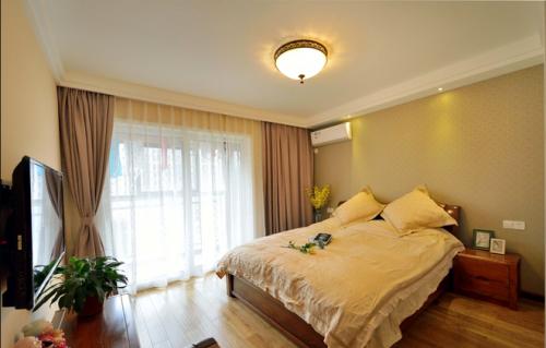 简约美式风格卧室窗帘欣赏