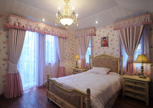 483平美式别墅卧室飘窗图片