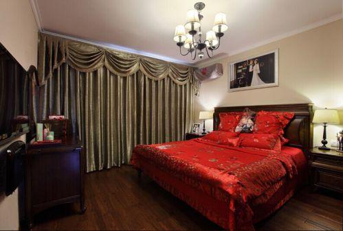 大气美式风格卧室窗帘图片