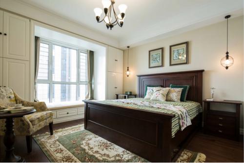 舒适卧室飘窗设计