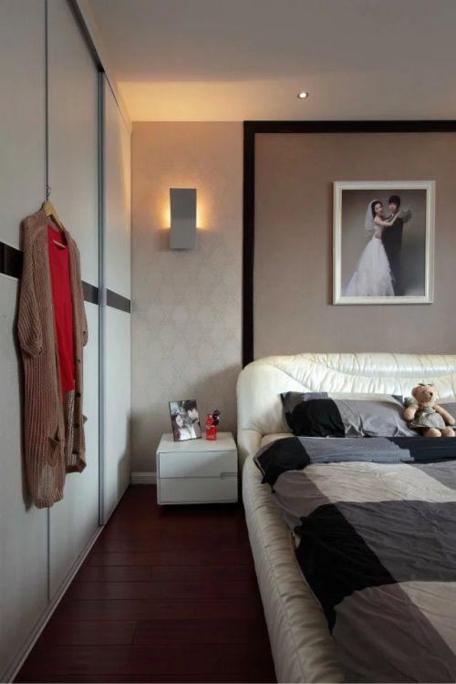 混搭风格家装卧室设计效果图