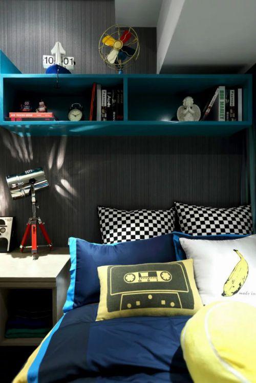 混搭风格卧室柜子格局设计
