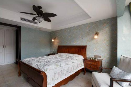 日式卧室背景墙装修设计图片