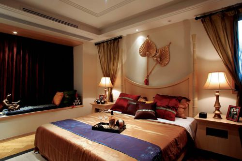 125平米东南亚风格卧室背景墙效果图
