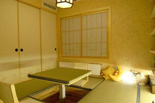 日式风格榻榻米卧室地台图片