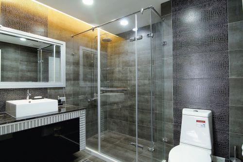 新古典别墅卫生间设计