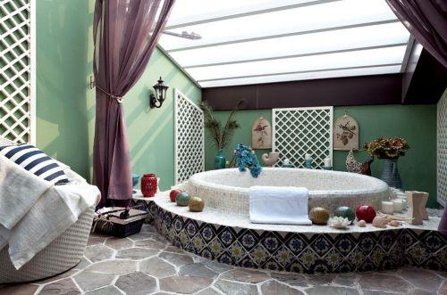 91平法国地中海风格浴室背景墙效果图